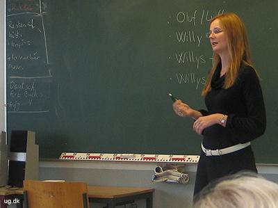 Camilla underviser