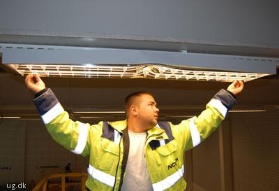 Martin er hurtigt blevet formand for elektrikerne.