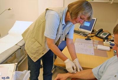"""""""Der er selvfølgelig overvejende ældre blandt mine patienter, men der er også en del unge."""""""