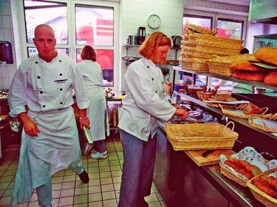 foto af køkkenpersonale