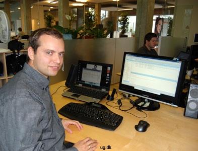 It-manageren ved sit skrivebord