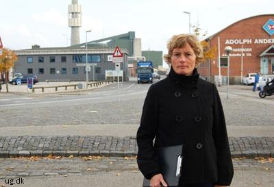 Efter virksomhedsbesøgene skal Hanne skrive en rapport.