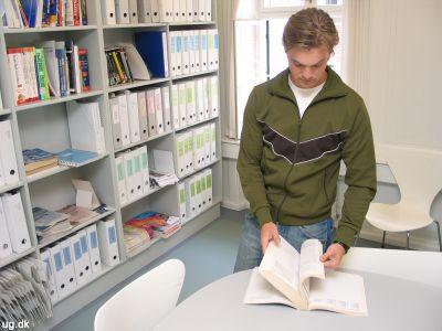 Pick one - Der er skrevet mange bøger om de amerikanske universiteter, man kan gå på.