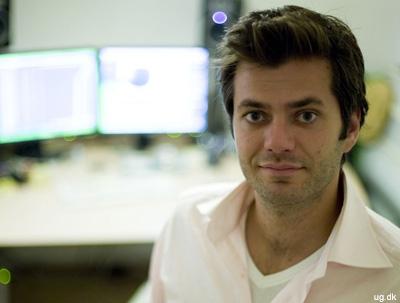 Foto af Pierre i værkstedet