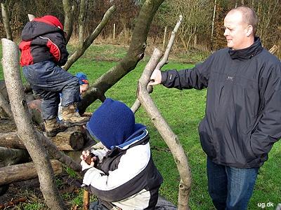 Udeliv - Det meste af dagen leger børnene på børnehavens store naturgrund