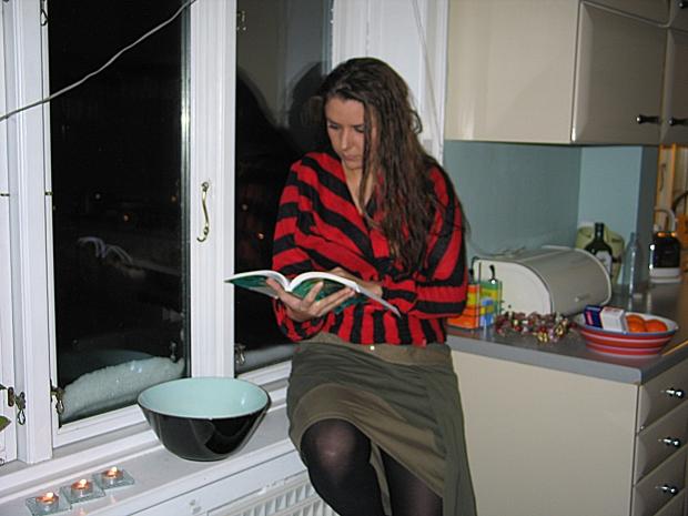 Hårdt arbejde - ofte foregår læsningen i de sene aftentimer.