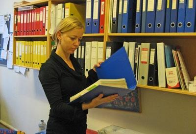 Louise har skulle lære en række nye administrative procedurer at kende.