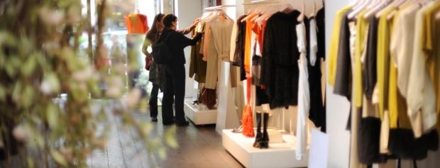Detailhandel med beklædning og fodtøj