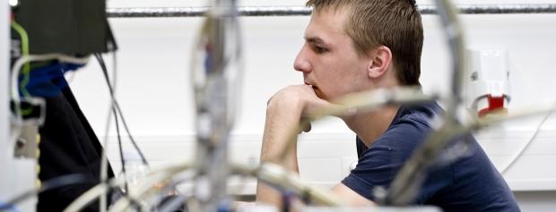 bacheloruddannelse i Electronics and Computer Engineering