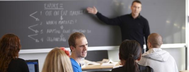 erhvervsakademiuddannelser