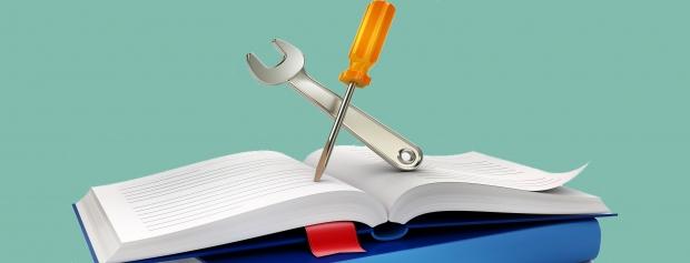 Foto af bøger og værktøj