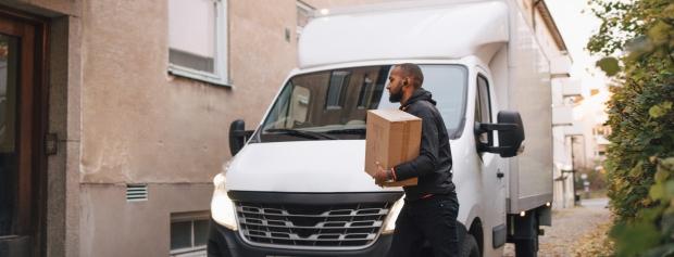 Postbud og kurer