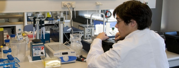 Foto af Laboratoriebetjent