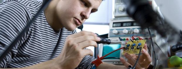 Uddannelsen til Diplomingeniør - elektronik