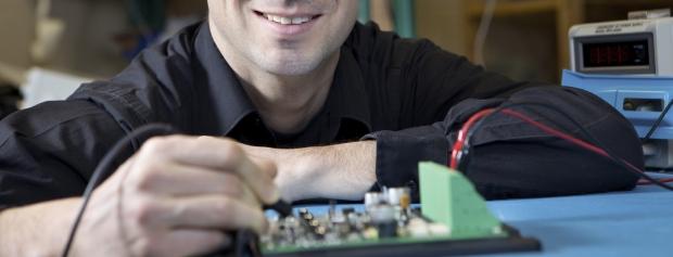 uddannelsen til diplomingeniør i mekatronik